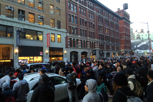 nypd shuts down supreme nike foamposite launch 1