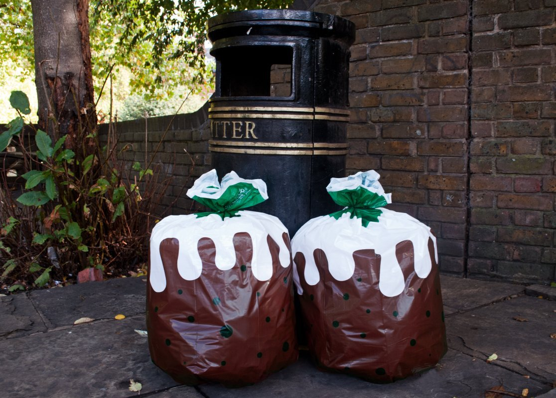 Christmas Pudding Bin Bags 02